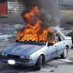 Een autobrand blussen – zo doe je dat